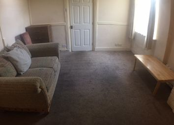 Thumbnail 3 bed terraced house to rent in Princess Street, Luton