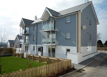 2 bed flat to rent in Godolphin View, Camborne TR14