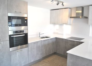 Thumbnail 1 bed flat to rent in Wyllyotts Close, Potters Bar