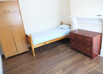Thumbnail Room to rent in Luton Rd, Chatham, Kent