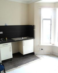Thumbnail Studio to rent in Oaklands Road, Cricklewood