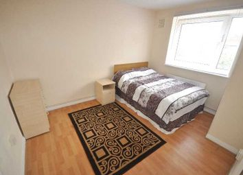 Thumbnail 4 bed flat to rent in Whitmore Road, Hoxton