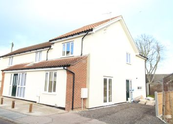 Thumbnail 2 bed property to rent in St. Georges Road, Beccles