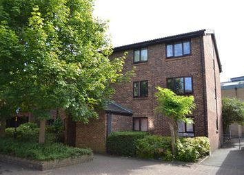 Thumbnail 1 bed flat to rent in Allendale Close, London