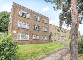 Alma Court, Coulsdon Road, Caterham, Surrey CR3. 3 bed flat