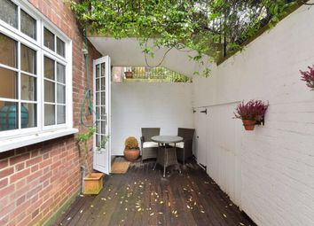 Thumbnail 1 bed flat to rent in Sloane Court East, London