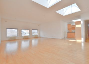 Thumbnail 1 bed flat to rent in Old Street, London