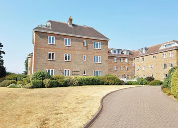 Thumbnail 2 bed flat to rent in Batts Hill, Reigate