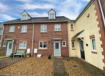 Hornchurch Court, Heywood OL10. 4 bed town house