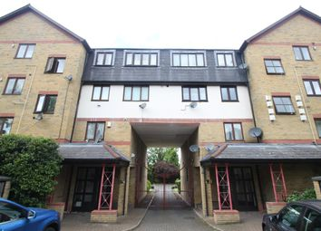 Thumbnail 3 bedroom flat to rent in Nether Street, London