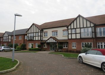 Four Ashes Road, Bentley, Solihull B93. 2 bed flat
