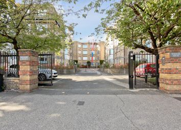 Thumbnail 4 bed flat for sale in Woodside, London
