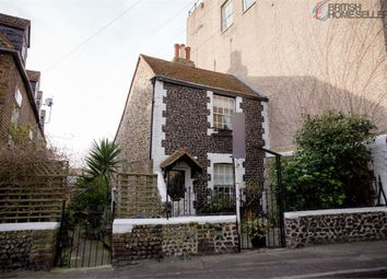 3 bed detached house for sale in Staines Place, Broadstairs, Kent CT10