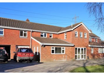 Thumbnail 5 bed semi-detached house to rent in Dunswell Lane, Hull
