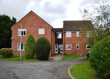 Thumbnail 2 bed flat to rent in The Hampdens, Glendale Avenue, Newbury