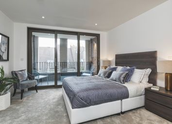 Thumbnail 1 bed flat for sale in Wentworth Street, London