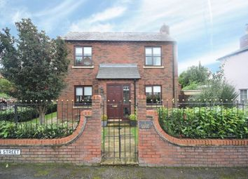 Salop Mews, Overton, Wrexham LL13. 4 bed detached house
