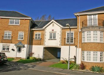Thumbnail 2 bed flat to rent in Kite Wood Road, Penn, High Wycombe