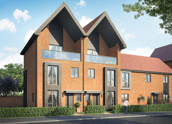 Thumbnail 3 bed town house for sale in 1 Woodcote Green, Crowthorne