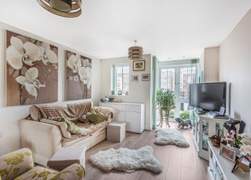 Grebe Way, Maidenhead SL6. 2 bed flat for sale