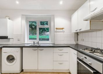 Thumbnail 2 bed flat to rent in Kelvin Grove, Sydenham