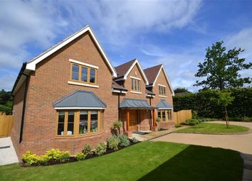 Thumbnail 5 bed detached house for sale in Parrotts Close, Croxley Green, Rickmansworth Hertfordshire