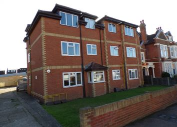 Thumbnail 1 bed flat to rent in Essex Road, Gravesend