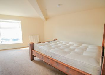 Thumbnail 2 bed flat to rent in Butt Lane, Idle