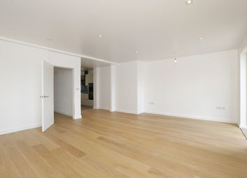 Thumbnail 3 bedroom flat to rent in Croxted Road, West Dulwich