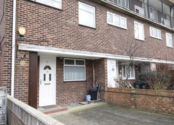 Thumbnail 3 bed flat for sale in Hengrove Crescent, Ashford