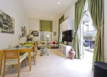 North Kensington, London W10. 2 bed flat for sale