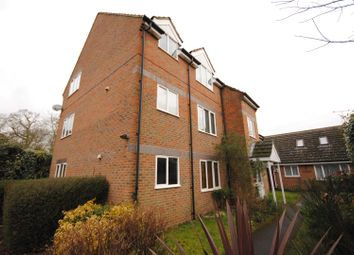 Thumbnail 1 bed flat for sale in Sunninghill Road, Ascot, Sunninghill
