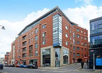 2 bed flat to rent in The Chimes, Campo Lane, City Centre S1