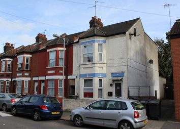 Thumbnail Studio to rent in Vernon Road, Luton