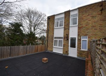 Thumbnail 3 bed flat to rent in Station Road, Hook