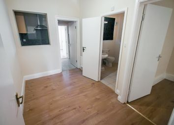 Thumbnail 1 bedroom flat to rent in Walton Road, West Molesey