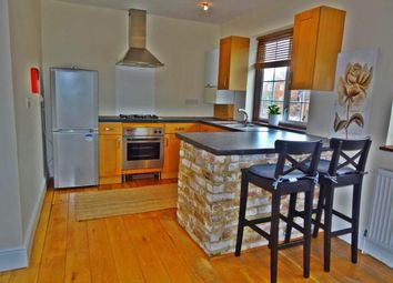 Thumbnail 1 bedroom property to rent in Oakleigh Road North, London