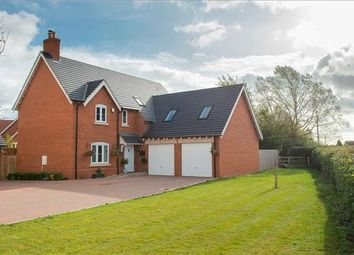Thumbnail 5 bed detached house for sale in Kingfisher Drive, Stratford-Upon-Avon, Warwickshire