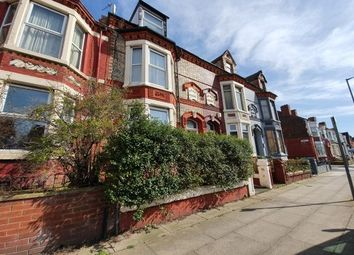 Thumbnail 3 bed flat to rent in Carisbrooke Road, Liverpool