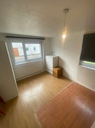 2 bed maisonette to rent in St Claire House, Bow E3