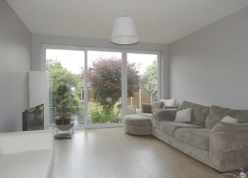 Thumbnail 5 bed property to rent in Newton Road, Welling