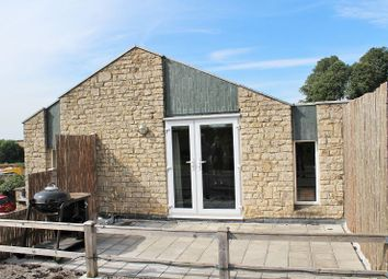 Thumbnail 2 bed flat to rent in Manor Road, Adderbury