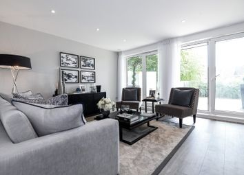 Thumbnail 1 bed flat for sale in Middleton Court, Wimbledon
