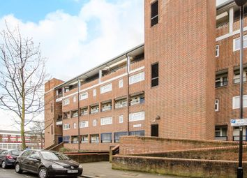 Thumbnail 3 bed maisonette for sale in Foulden Road, Stoke Newington