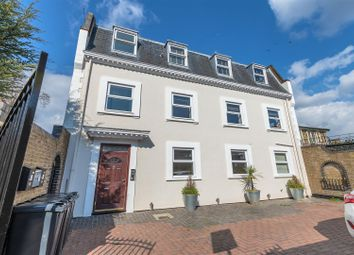 2 bed maisonette for sale in The Rise, London E11