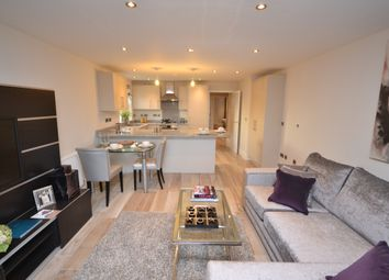 Thumbnail 2 bedroom flat to rent in Alisa Lodge, 4 Oakleigh Park South, London