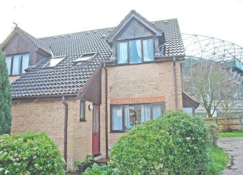 Thumbnail 1 bed terraced house to rent in Varsity Drive, Twickenham