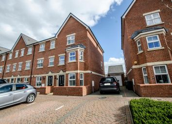 Toynbee Road, Eastleigh SO50. 4 bed town house for sale