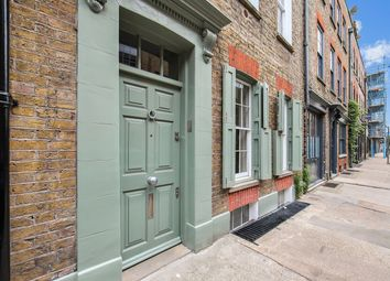 Thumbnail 4 bed town house to rent in Princelet Street, London