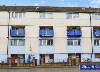 Harlech Gardens, Heston, Hounslow TW5. 2 bed flat